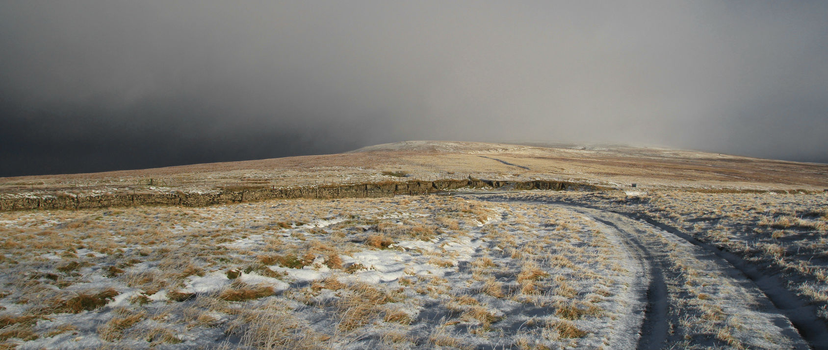 A chilly end to April with wintry showers