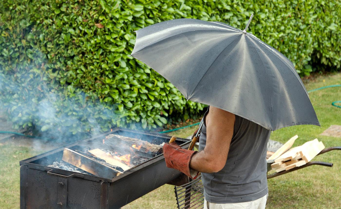 Come rain or shine, it's BBQ time!
