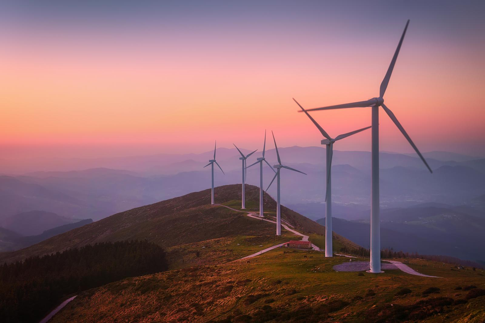 When the wind stops blowing, the UK struggles to make cheap & green electricity
