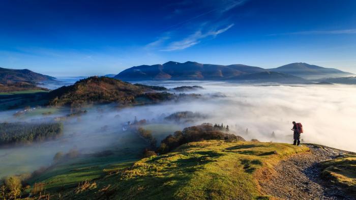 Lingering Fog becoming more widespread as pressure rises