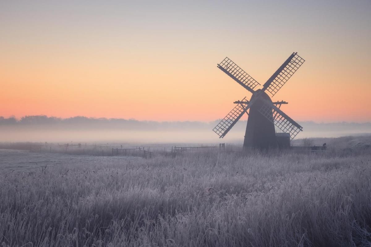 Frost and fog on the way as high pressure builds