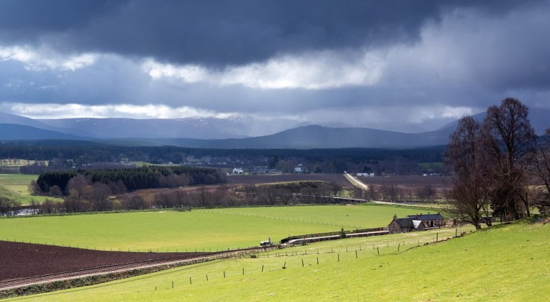 Bronagh Clears Leaving A Cool Feel, Sunny Spells And Showers