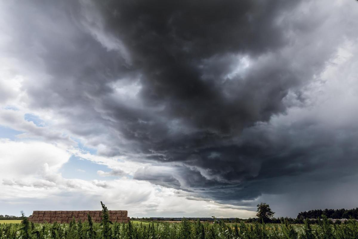 Intense heat gone, but risk of heavy thundery downpours continue for the south
