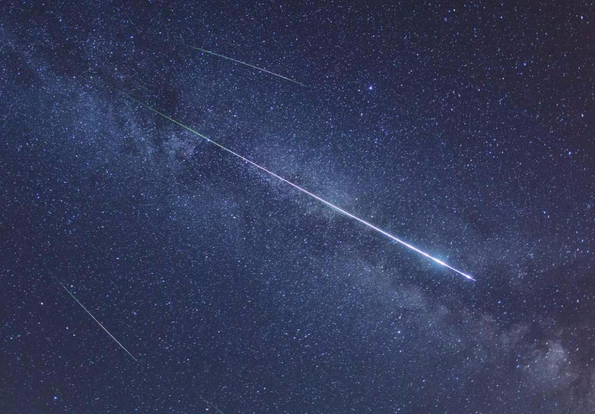 Leonid Meteor shower- Shooting stars, clear skies and a fine UK weekend