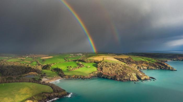 Waning Storm Evert brings Friday downpours and south coast gusts before a quieter weekend