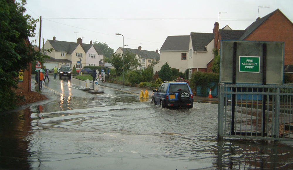 Warnings in force as heavy rain persists until tomorrow, bringing flooding risk