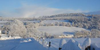 Wintry showers and what counts for White Christmas observations?