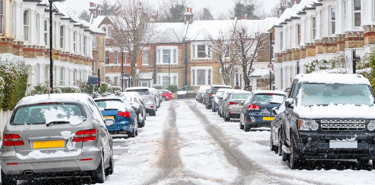 Sledging Saturday? Snow warning for SE and eastern England