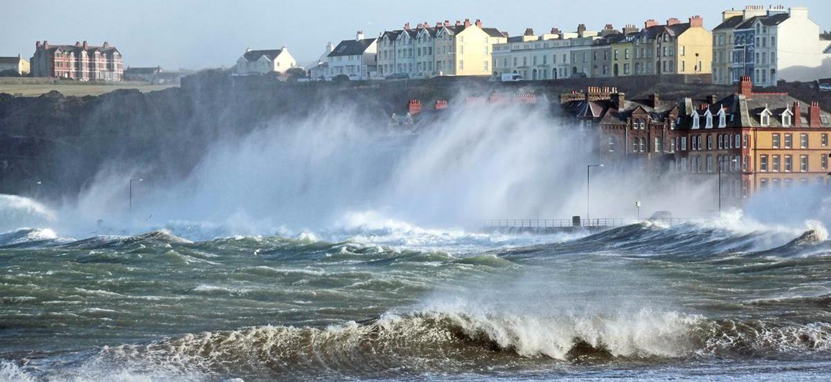 UK Weather Storm Callum - Gales and heavy rain to end the week