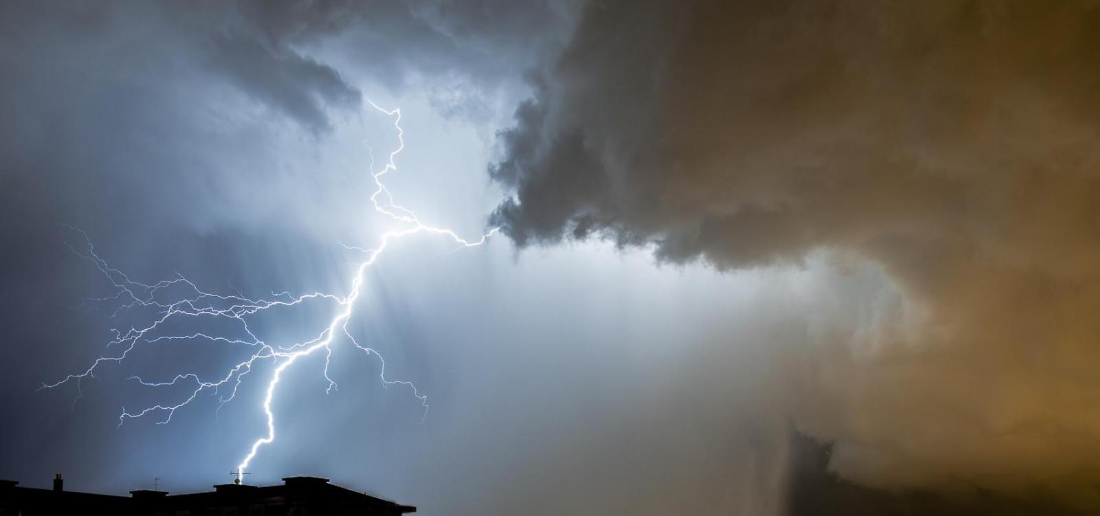 thunderstorm asthma hayfever lightning