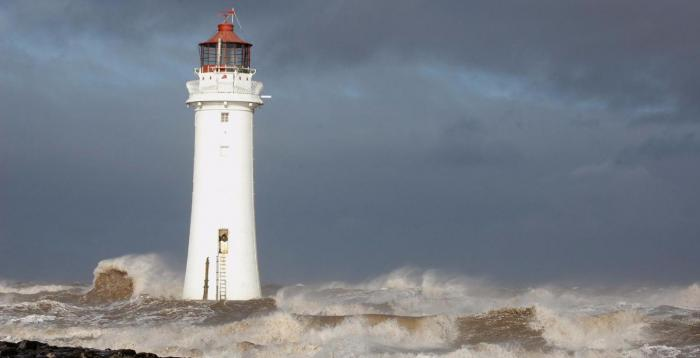 Autumnal mix of spells of rain or showers, some sunshine and blustery winds