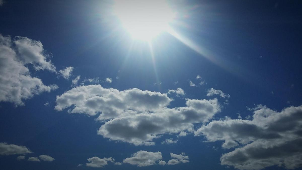 Dry weather continues as high pressure stays dominant