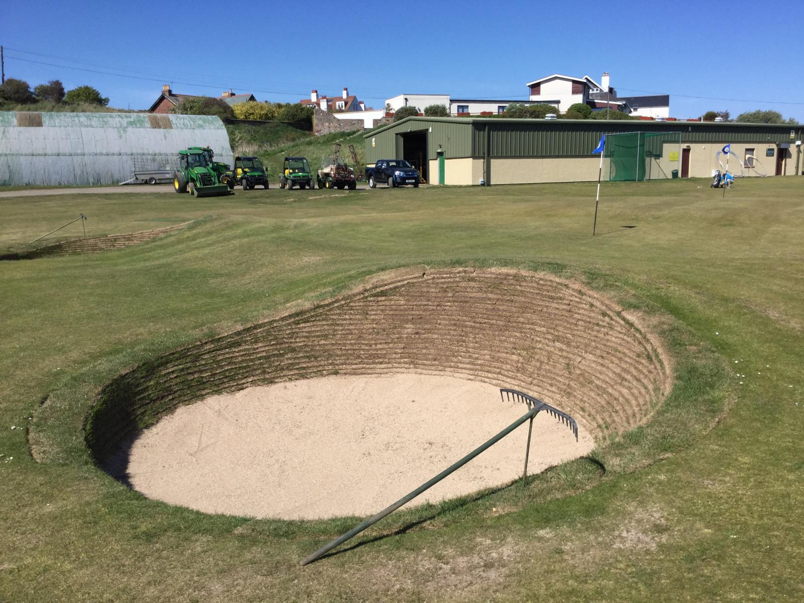 A deep links bunker