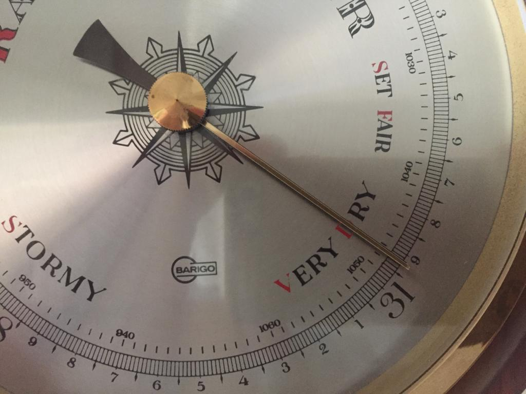 Barometer how to read pressure