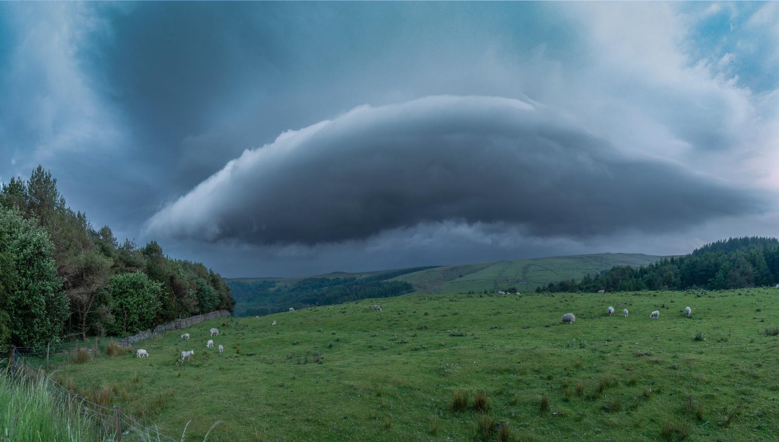 Graham Moore shelf cloud near Blackburn