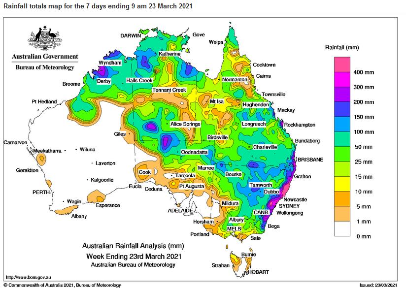 Australian floods: More heavy rain for east coast as evacuations continue