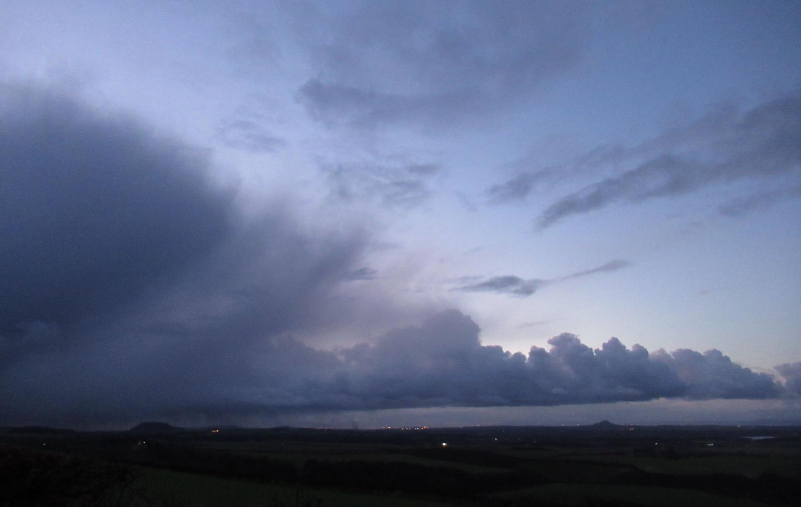Cumulonimbus thunderstorm outflow