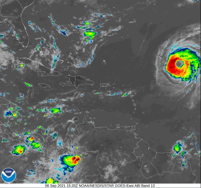 Annular hurricane Larry