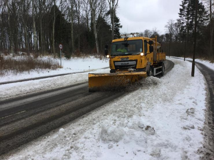 Grit: It's not magic dust. A behind the scenes look at salting roads and grit versus UK Snow